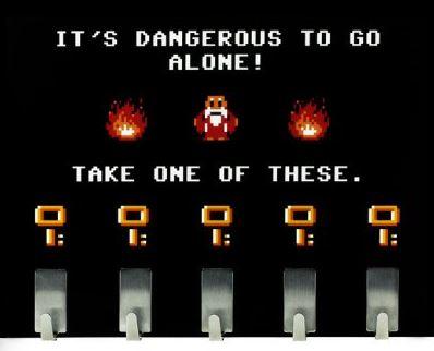 Dangerous to go alone Schlüsselbrett